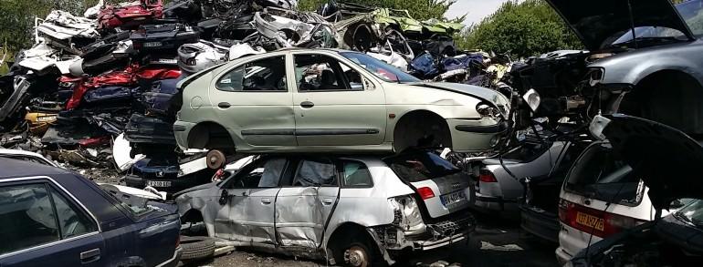 Enlèvement épave gratuit nantes rezé destruction voiture 44